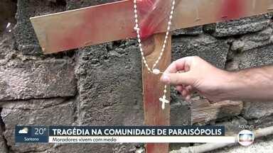 Moradores de Paraisópolis prestam homenagem aos jovens mortos na tragédia - Moradores dizem que vivem com medo e que a ação dos policiais militares ficou mais intensa depois da morte de um sargento durante confronto na comunidade há um mês.