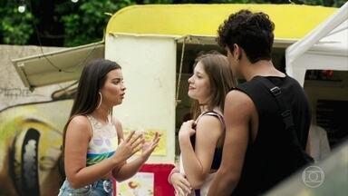 Nanda afirma para Anjinha que foi ela quem beijou Cléber - Ela pede desculpas ao casal e incentiva os dois a fazerem as pazes