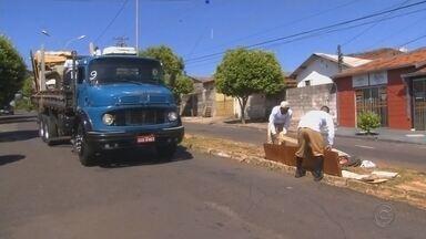 Projeto Cidade Limpa percorre bairros de Marília até esta sexta-feira - Nesta quinta-feira e na sexta o projeto Cidade Limpa continua em Marília, percorrendo bairros da zona oeste.