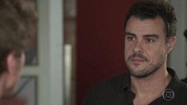 Joaquim culpa Rita por seu divórcio - Filipe se espanta ao ouvir do pai que Rita é a responsável pela destruição da família