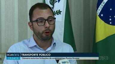 Câmara autoriza licitação de empresas para transporte público em Ponta Grossa - Proposta foi aprovada em segunda discussão nesta segunda-feira (9).