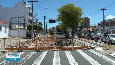 Obra da Avenida Hermes Fontes é iniciada - Obra da Avenida Hermes Fontes é iniciada.