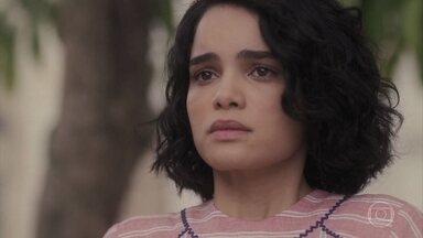 Inês vê Carlos e Mabel juntos - Carlos pede a permissão para o pai de Mabel para namorá-la