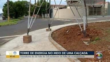 Falta de acessibilidade em calçada causa indignação de moradores em Presidente Prudente - Local fica no Jardim Vale do Sol.