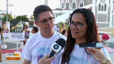 Caso Beatriz: Manifestação lembra memória da menina assassinada há quatro anos - A mobilização foi realizada na Praça Dom Malan e emocionou as pessoas que passavam no local.