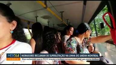Moradores reclamam de ônibus lotado no Jardim Montreal - População reclama que tamanho do ônibus diminuiu.