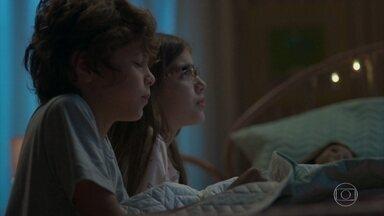 Sofia acalma Peter depois do acidente - Nana tenta tranquilizar os dois