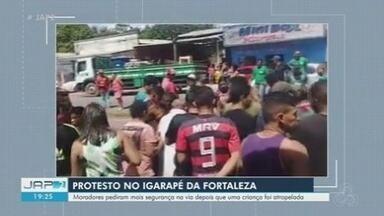 Criança é atropelada e arrastada por veículo próximo ao Igarapé da Fortaleza, em Santana - Criança é atropelada e arrastada por veículo próximo ao Igarapé da Fortaleza, em Santana