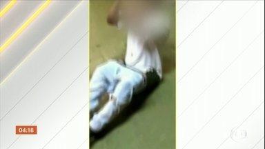 Funcionários de supermercado em SP são acusados de torturar homem que furtou carne - O caso foi em março do ano passado, mas as imagens só foram reveladas em setembro deste ano.
