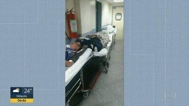 Pacientes denunciam que Hospital Salgado Filho está funcionando acima da capacidade - Acompanhantes de pacientes denunciam a superlotação da unidade.
