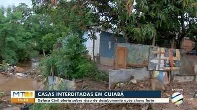 Casas são interditadas no bairro Santa Terezinha, em Cuiabá - Casas são interditadas no bairro Santa Terezinha, em Cuiabá.