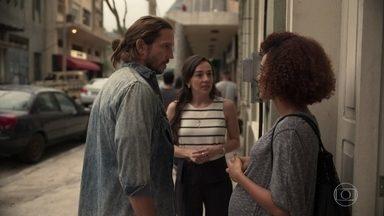 Vitória faz aula com Davi para casais - Natália conversa com ela sobre a dificuldade de ter uma filha adolescente