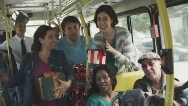 Amigo oculto no ônibus - A que ponto chegamos?