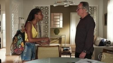 César tenta aconselhar Jaqueline - O pai de Milena conta que é muito perigoso ficar perto de milícia