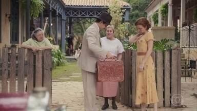 Zeca vai a São Paulo com Neves - Justina se diverte na casa dos primos. Tia Candoca teme que Olga também fique viúva