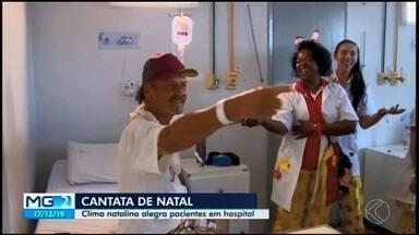 Complexo de Saúde São João de Deus recebe 2ª edição do 'Canções de Natal' em Divinópolis - Ação faz parte do projeto 'Base da Comunidade', que visa a aproximação da Polícia Militar com as comunidades do município.