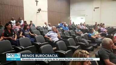 Vereadores aprovam projeto de lei para facilitar emissão de alvarás - Licença tem como foco a construção de imóveis em Montes Claros.