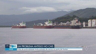 Mais de 20 navios esperam para atracar no Porto de Santos - Motivo da fila é a baixa profundidade nos pontos de atracação e o número baixo de pontos também.