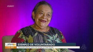 Voluntariado: Entenda a importância de se doar - Ozineide dedica parte do tempo a Casa Vhida