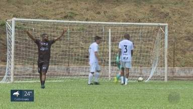 Lateral do Atlético de Madrid, Renan Lodi promove jogo beneficente em Serrana, SP - Véspera de Natal foi marcada por futebol e solidariedade na região.