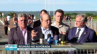 Ibaneis Rocha se reúne com Bolsonaro e fala em reajuste de 8% para Forças de Segurança - De acordo com o governador, presidente assinou Medida Provisória que transfere ao DF a gestão do Fundo Constitucional.