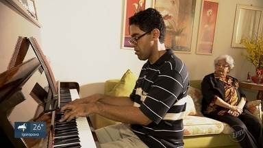 Arte de Viver: pianista encontra na música uma forma de superar o autismo - Conheça a trajetória de André Moreno, diagnosticado com Síndrome de Asperger.