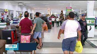 Araguaína fica com comércio movimentado na véspera de Natal - Araguaína fica com comércio movimentado na véspera de Natal