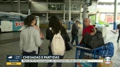 Mais de 50 mil passageiros vão movimentar a Rodoviária do Rio nesta quinta-feira - Movimento é grande de quem chega e sai do Rio para viajar no Ano Novo.