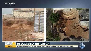 Ruínas descobertas durante obra de requalificação podem ser de teatro do século 19 - Arqueólogos e historiadores estão acompanhando as escavações que têm sido feitas no centro da cidade.