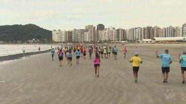 Corrida solidária movimenta a subida da Ilha Porchat, em São Vicente - Ação é organizada por Federico Salgueiro.
