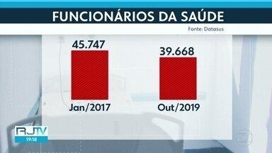 Dados do SUS mostram que atendimentos ambulatoriais despencaram no Rio nos últimos 3 anos - Pacientes ficam aguardando por atendimento e remédios. Número de funcionários na saúde caiu em relação a 2017.