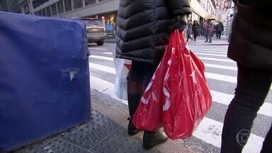 Vendas de Natal nos EUA superam as da Black Friday - As previsões são de um aumento de 3,4% e 4% nas vendas de fim de ano na comparação com 2018. Nas vendas online o aumento foi de 18%.