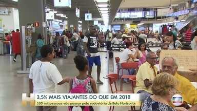 Movimento na rodoviária de Belo Horizonbte é 3,5 % maior do que no ano passado - Cerca de 530 mil passageiros devem passar pela rodoviária da capital mineira até o dia dois de janeiro. Os destinos mais procurados são Vitória, São Paulo, Guarapari, Porto Seguro e Rio de Janeiro.