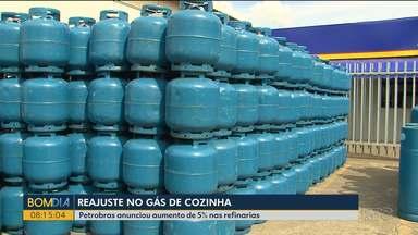 Gás vai pesar ainda mais no bolso do consumidor neste fim de ano - Petrobrás anuncia 5% de reajuste que já começou a ser repassado pelas revendas.