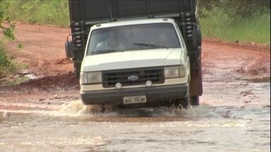Confira os assuntos da semana no campo - Chuva torna crítica a condição das estradas. Embrapa tem novo presidente.