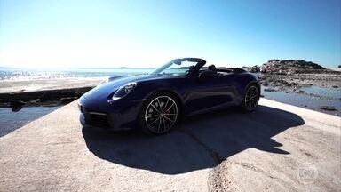 Saiba como é andar no novo Porsche 911 - Com 55 anos, modelo ficou mais moderno e custa mais de R$ 500 mil.