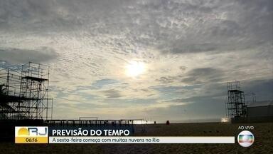 Tempo instável no Rio com possibilidade de chuvas nesta sexta (3) - A sexta-feira vai ser de temperaturas amenas ao longo do dia.