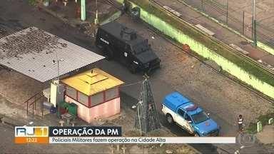 PM faz operação na Cidade Alta - Um carro blindado deu apoio a operação de combate ao tráfico de drogas. Ninguém foi preso