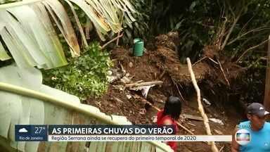 Região Serrana ainda se recupera do primeiro temporal de 2020 - Em Petrópolis, um deslizamento atingiu uma casa.