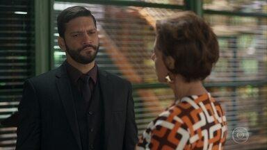 Vera questiona Diogo sobre a morte de Jeniffer - Diogo faz exigências e provocações a Vera