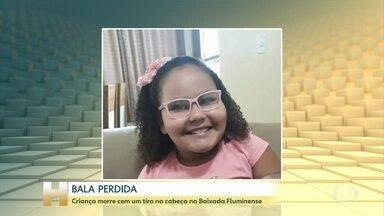 Menina de oito anos morre após ser atingida por bala perdida no Rio - Ana Carolina estava dentro de casa em Belford Roxo, na Baixada Fluminense, quando foi baleada na cabeça.