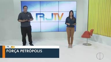 Veja a íntegra do RJ1 desta quinta-feira, do dia 09/01/2020 - Apresentado por Ana Paula Mendes, o telejornal da hora do almoço traz as principais notícias das regiões Serrana, dos Lagos, Norte e Noroeste Fluminense.