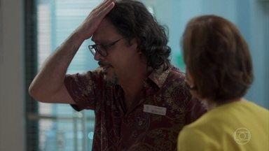 Mario chega ao hospital procurando por Nana - Ele se sente culpado por não estar do lado dela no momento da queda