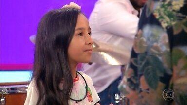 Conheça Manu Guimarães - Cantora de 9 anos é de Barroso – MG