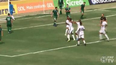 Tupi elimina Gama e enfrenta Athletico na Copinha - Após empate em 1 a 1 no tempo normal, Galinho venceu por 6 a 5 nos pênaltis