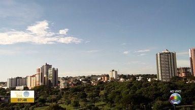 Confira como ficam as temperaturas nesta quarta-feira no Oeste Paulista - Simone Gomes mostra a previsão do tempo para cidades da região de Presidente Prudente.
