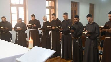 Chegada dos Freis Capuchinhos do Paraná completa 100 anos (parte 2) - Primeira missão trouxe 9 freis italianos ao Paraná.