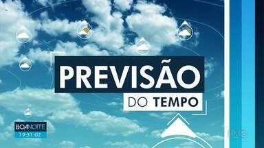 Domingo de tempo firme em todo Paraná - Na região de Maringá o sol aparece entre nuvens.