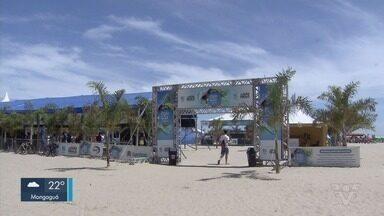 Arena Praia e Companhia agita praia do Gonzaga - Evento garante diversão para moradores no Gonzaga, em Santos.