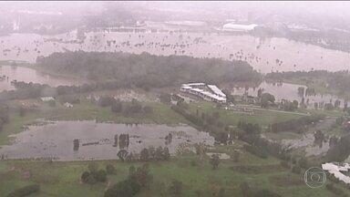 Chuvas atingem costa Leste da Austrália e ajudam a apagar parte dos incêndios florestais - Tempestade provocou o fechamento de estradas e inundações em áreas residenciais.
